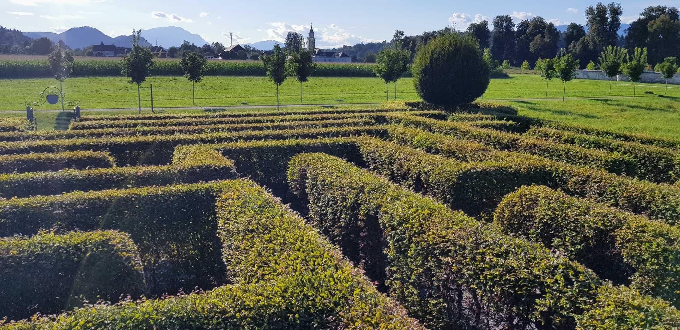 Labyrinth im Herbst