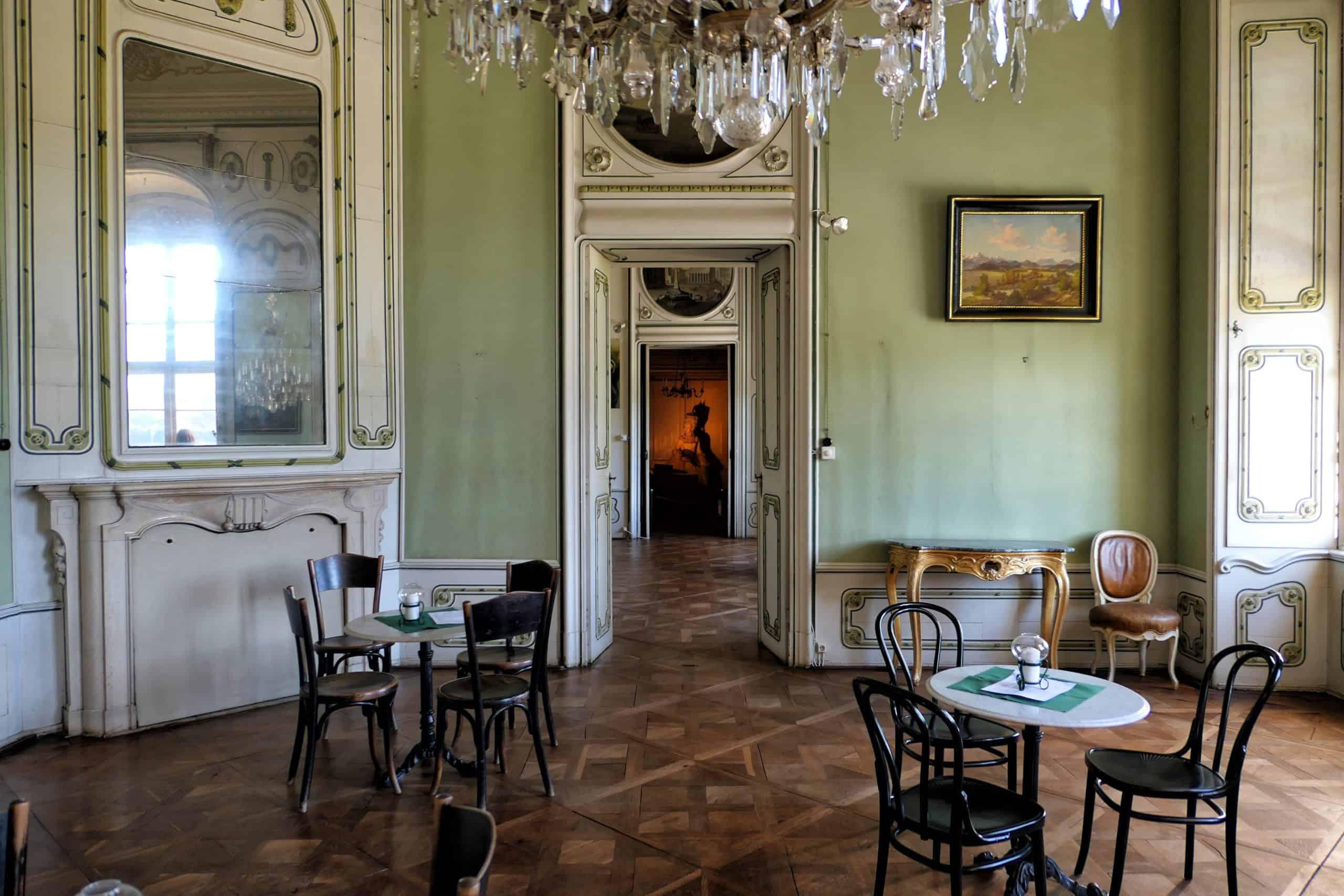Kaffeehaus im Schloss Rosegg in Kärnten - Rosental, Österreich
