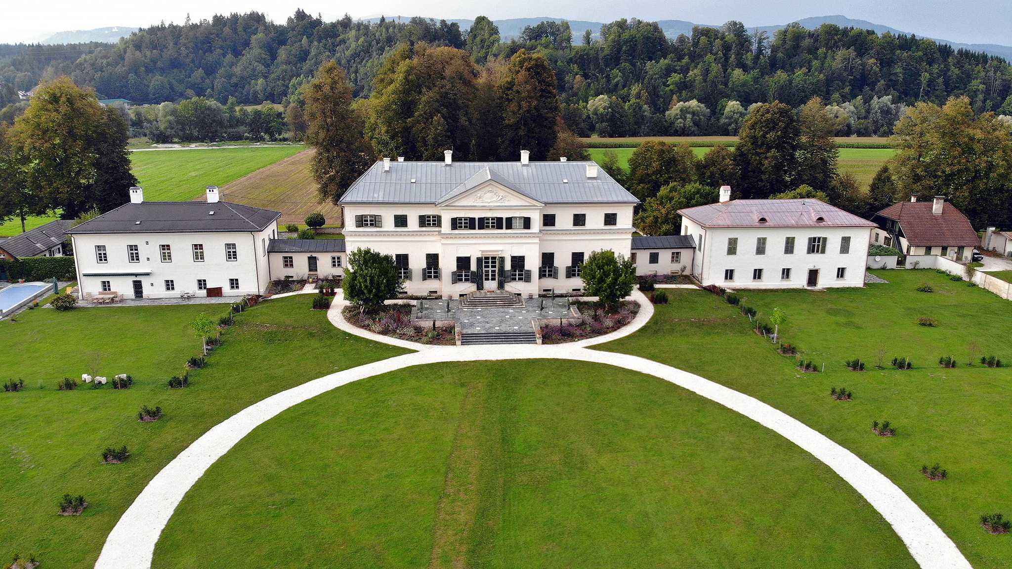 Schloss der Familie von und zu Liechtenstein in Österreich