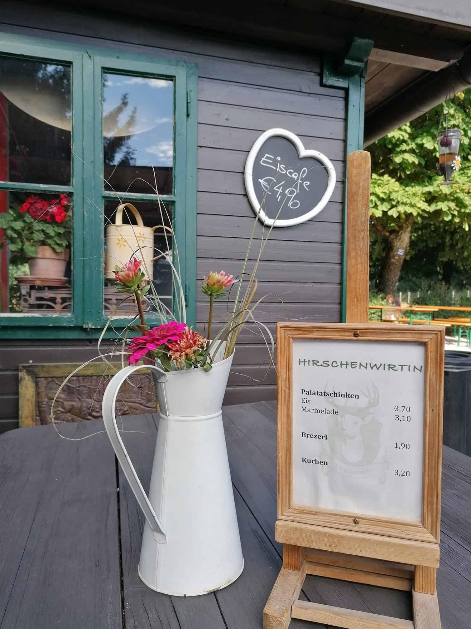 Willkommen im Tierpark-Buffet Hirschenwirtin in Rosegg, Kärnten