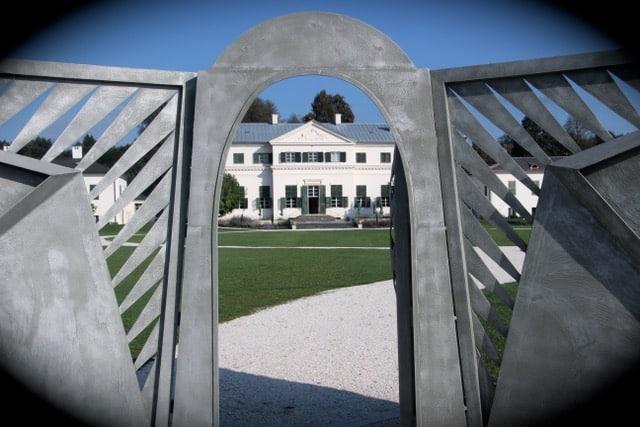 Eingang Schloss Rosegg Familie Liechtenstein Kärnten